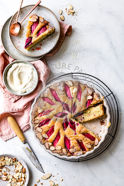 Gluten free rhubarb cake with slithered almonds.