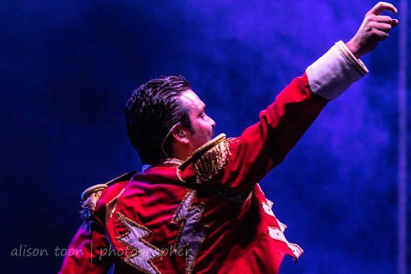 Alexander Koronka, vocals, UK Queen