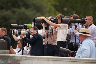 Long Lens photogtraphers by The Victoria Memorial
