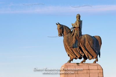 Image - Statue of King Robert the Bruce at the Borestone, Bannockburn, Stirling, Scotland
