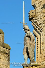 Image - Wallace Statue, Stirling, Scotland