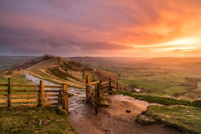Mam Tor gate award-winning image