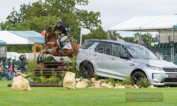 Chris Talley and UNMARKED BILLS - Cross Country - Land Rover Burghley Horse Trials 2019