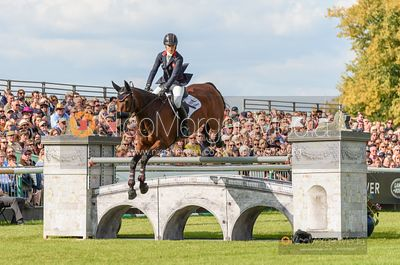 Sarah Bullimore and REVE DU ROUET - Show jumping and prizes - Land Rover Burghley Horse Trials 2019