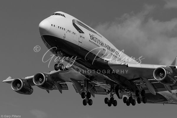 British Airways 747 landing London Heathrow