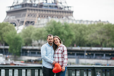 Pregnancy photoshoot in Paris
