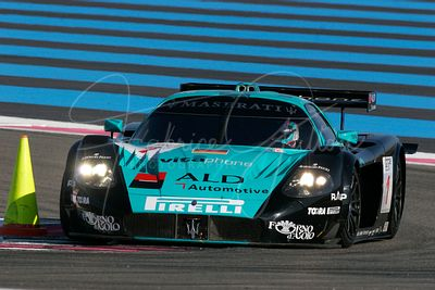 Andrea Bertolini (IT) et Michael Bartels (DE), Maserati MC12 GT1. Vitaphone Racing Team. Action.