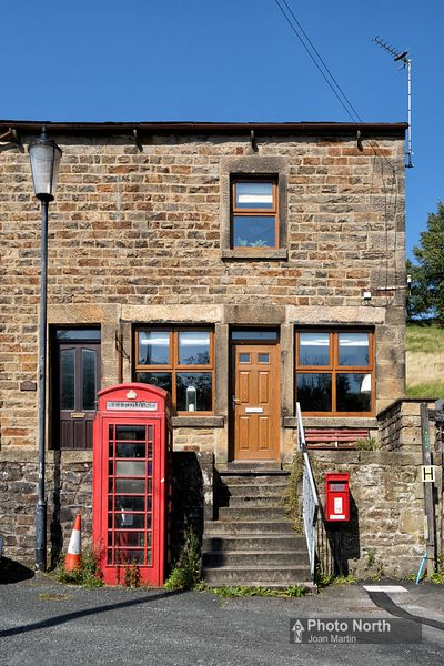 CALDER VALE 16A - Telephone box and post box