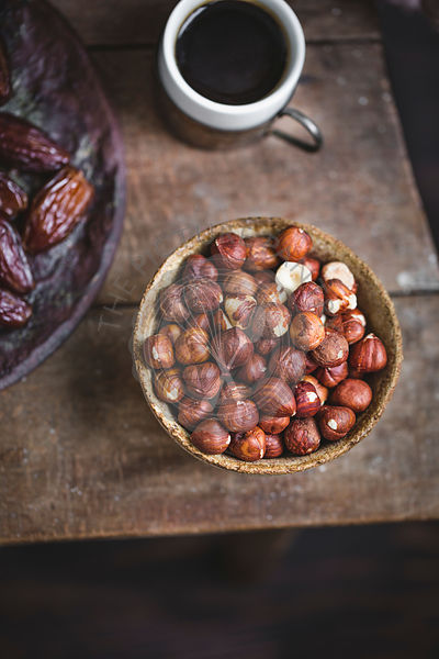 Hazelnuts, dates and coffee