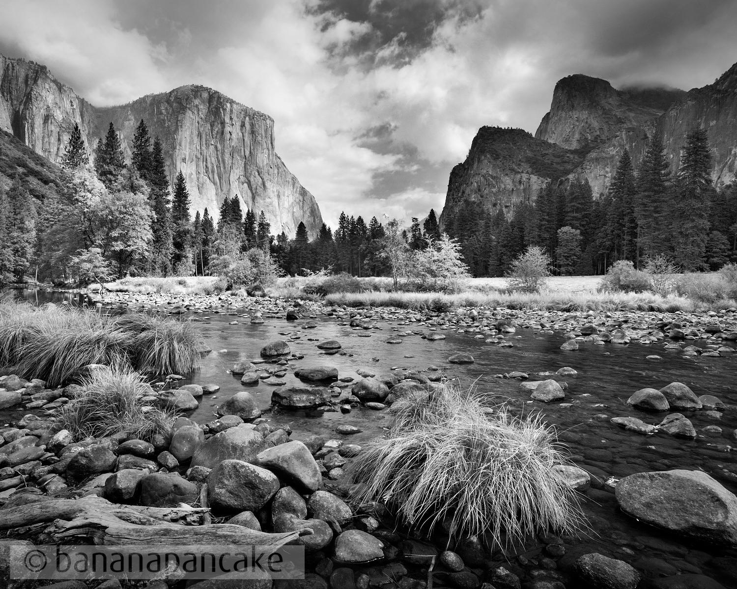 Yosemite Valley in black and white - BP0851BW2