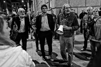 Jabil workers' demonstration in Milan on Oct 3rd 2013. Roberto Giudici explaining the current situation to the workers.
