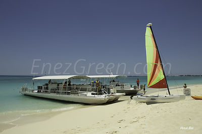 Grand-Cayman-seaside_2014-05-07