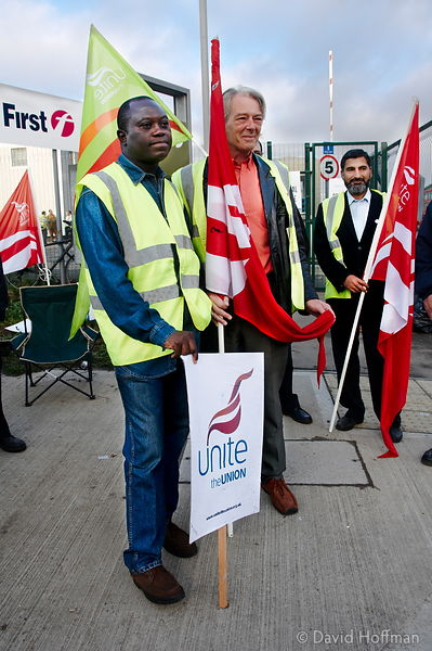 080913_Bus_Picket_16