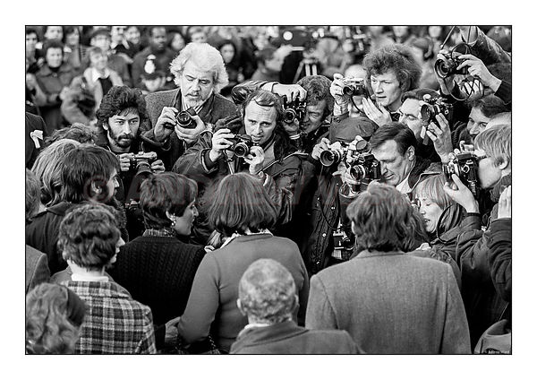 Joan Baez and the Irish Peace People meet the press