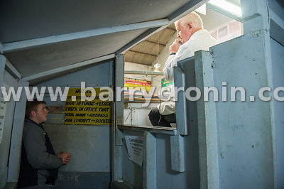 19tth May, 2015.Carnaross Farmers Mart, Carnaross, County Meath.Peter Byrne from Kilcock, County Meath in the sellers box and...