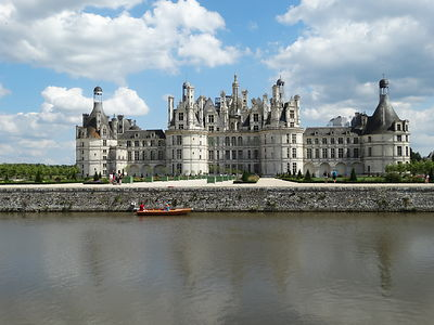 Barque-Chateau-Chambord_Pierre-Le-Goff-ADT41_(3)
