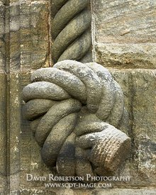 Image - Stone sculpted rope and knot on the National Wallace Monument, City of Stirling, Scotland.