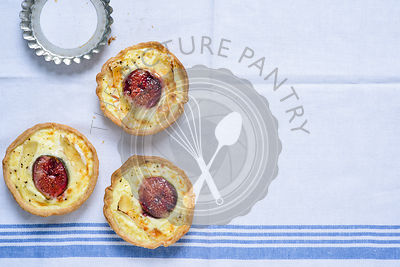 Fig and brie tart