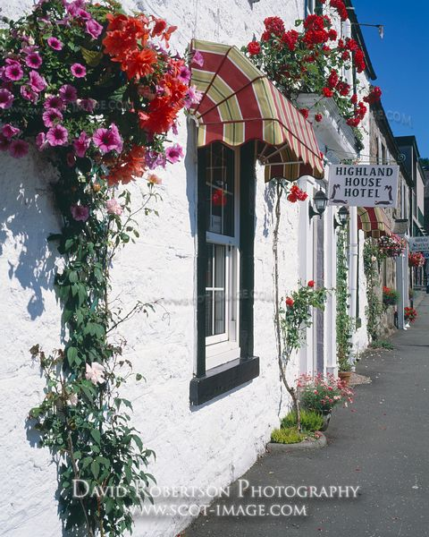 Image - Hotel accommodation in Callander