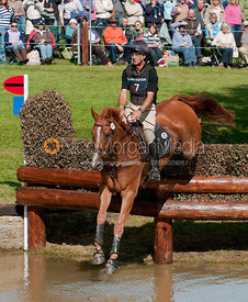 Andrew Nicholson and Armada at Burghley Horse Trials 2009 - Land Rover Burghley Horse Trials 2009