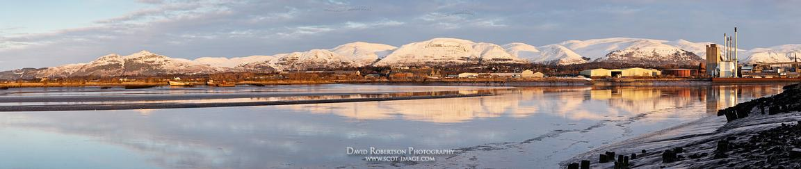 Image - Dumyat, the Ochil hills and Alloa across the River Forth, Scotland