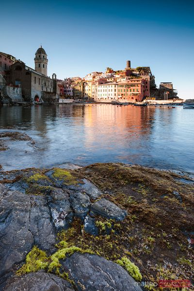 Last light over Vernazza, Cinque Terre, Liguria, Italy