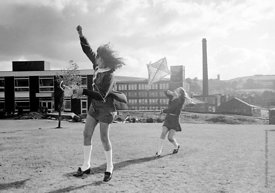 #83810,  Flying a kite, Whitworth Comprehensive School, Whitworth, Lancashire.  1970.  Shot for the book, 'Family and School,...