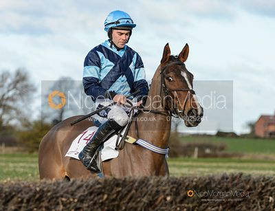 SALVATORE (Alex Edwards) - Race 2 - Intermediate - The Midlands Area Club at Thorpe Lodge