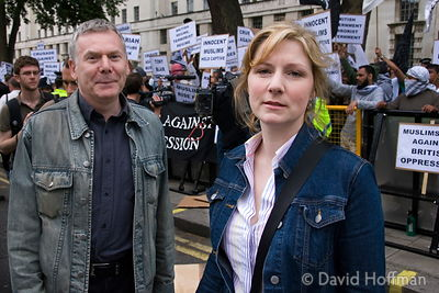 070618 NUJ Freelance Organiser John Toner and Assistant Organiser Pamela Morton, observing how the police and media interact ...