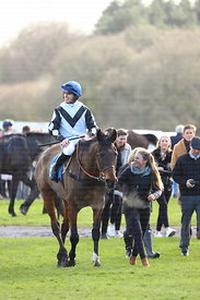 15:00  Read Davy Russell's Exclusive Blog At starsportsbet.co.uk Handicap Chase