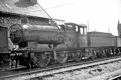 PHOTOS OF WR 2251 CLASS 0-6-0 STEAM LOCOS