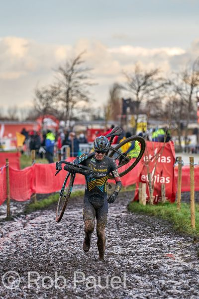 Ethias Cross Bredene