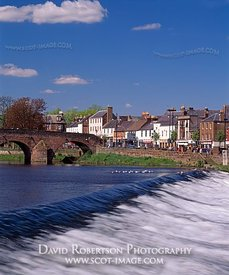 Image - Devorgilla's Bridge, Dumfries, over the River Nith, Scotland