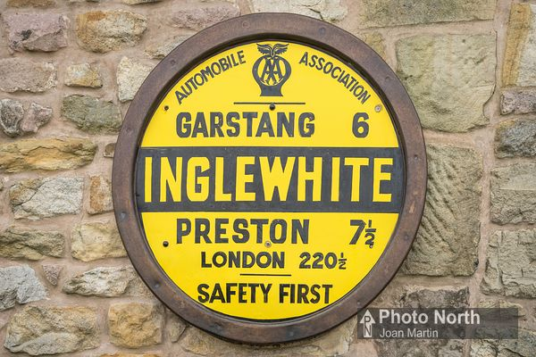 INGLEWHITE 10A - Replica AA village sign