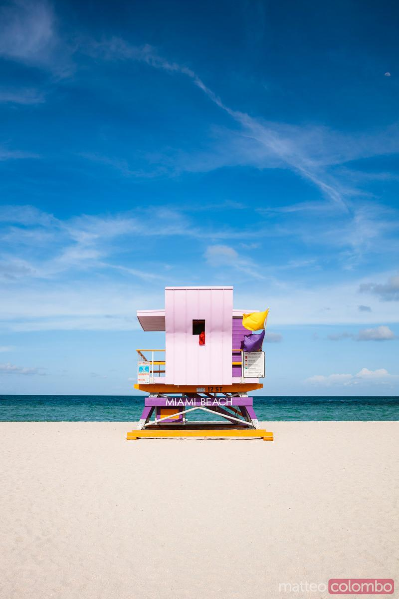 Famous lifeguard cabin on South beach, Miami, USA