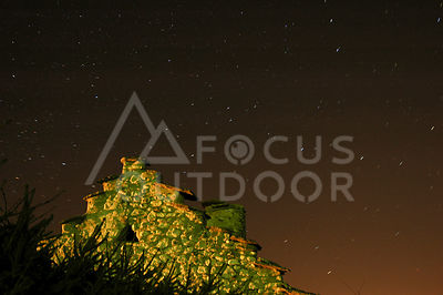 fourapainnocturne-HD_focus-outdoor-0001