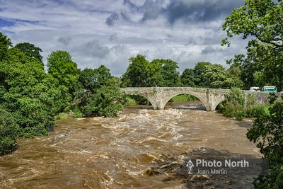 KIRKBY LONSDALE 21B - River Lune in flood, Devils Bridge