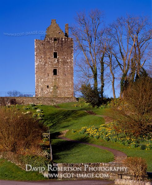 Image - Cardoness Castle, Gatehouse of Fleet, Scotland
