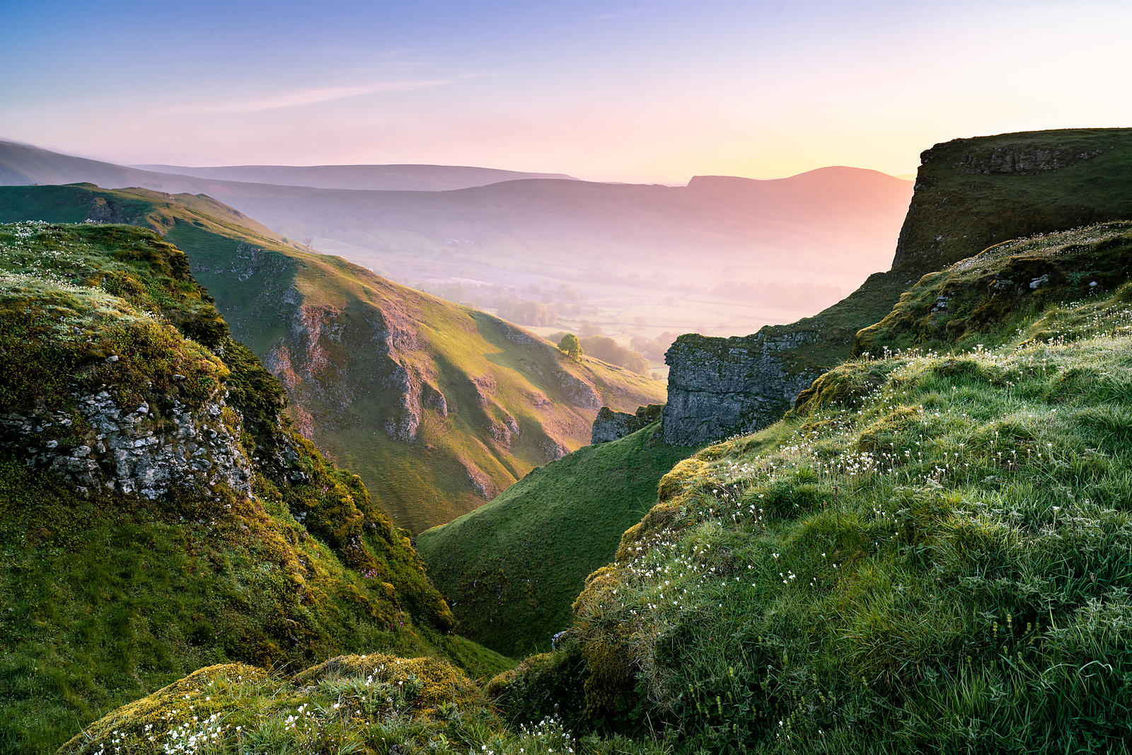 Winnats Pass May sunrise