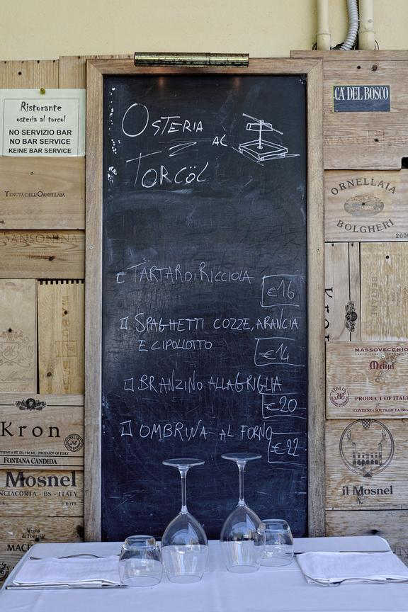 "Today's menù at Tavern ""Osteria al Torcol"" in Sirmione's old town."