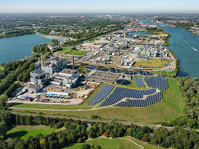 Dordrecht industrial area Staart seen from Zonnepark Crayestein and the HVC waste energy plant and WWTP (AWZI) Dordrecht | 30...