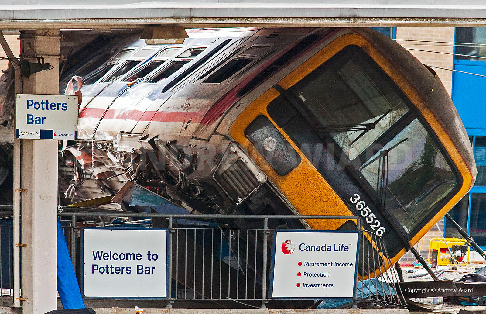England, UK . 11.5.2002. Potters Bar . Potters Bar train crash - scene the day after the derailment ( 10.5.2002 ) in which se...