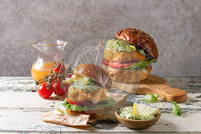 Vegan burgers with carrot