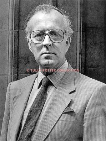 T16850_Christopher_Bishop_English_recording_producer_orchestra_administrator