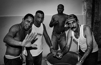 Cuban_street_men