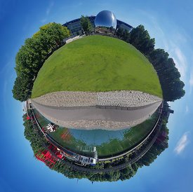 MY LITTLE PLANET_SOURIRE DE LA VILLETTE