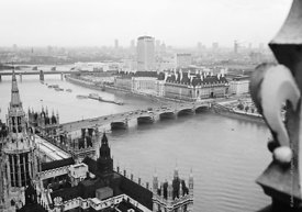 #124521,  View of the river Thames from the Victoria Tower, Houses of Parliament. 1973.