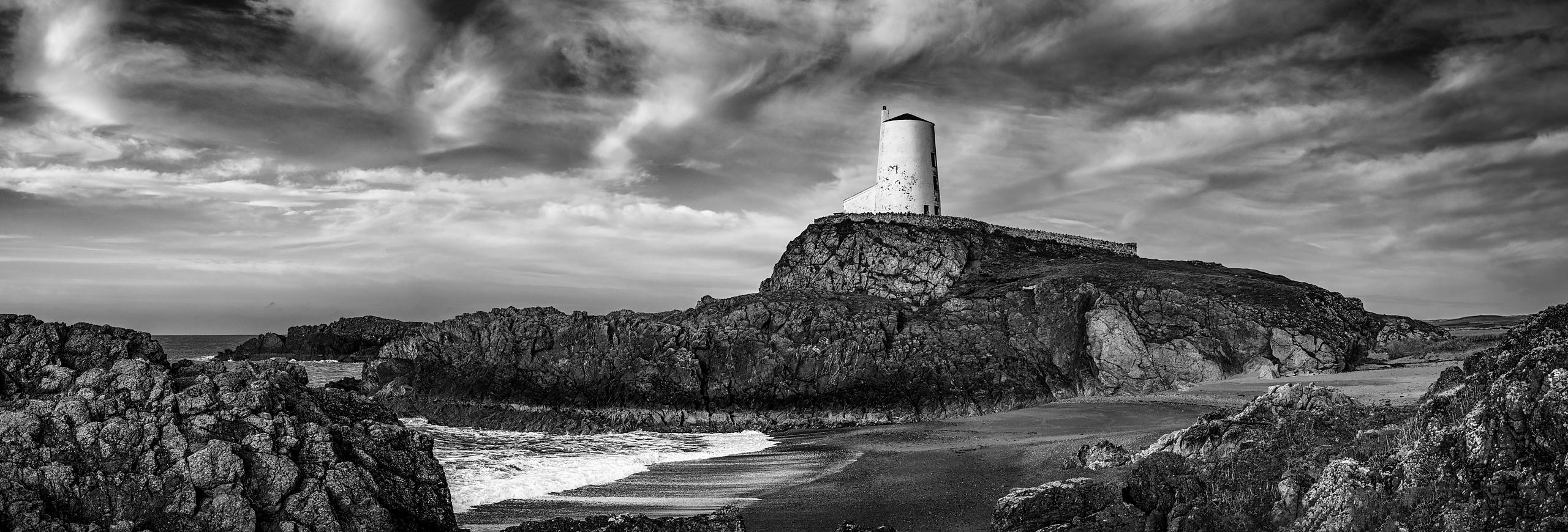 BW_Lighthouse_Beach_pano