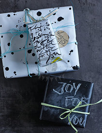 Gift Wrapping by Hoersch & Rahtjen