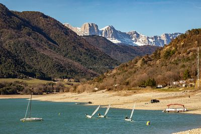 Lac de Moteynard à Mayres Savel